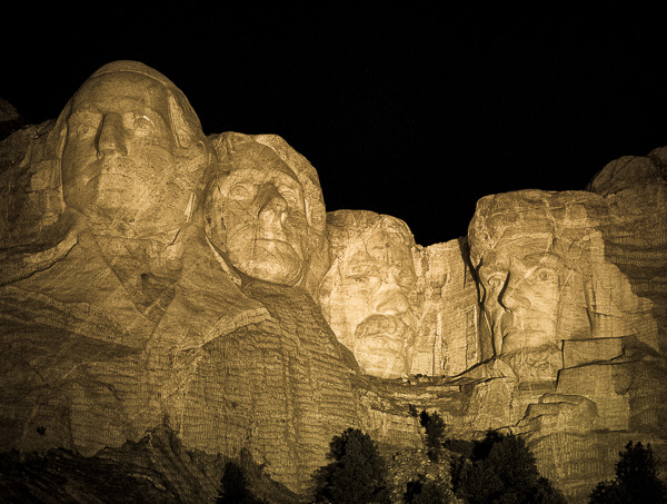 We first saw Mt. Rushmore at night attending their lighting ceremony. The mountain is not lit until the end of the ceremony. (For me these night shots ... & Mount Rushmore National Memorial South Dakota (Part 1 of 4 ... azcodes.com